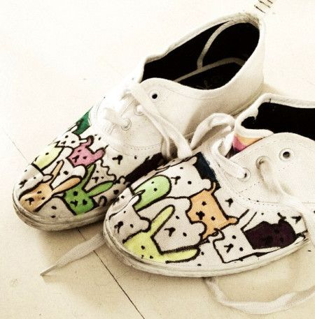 Cute painted bunnies&bears on little shoes