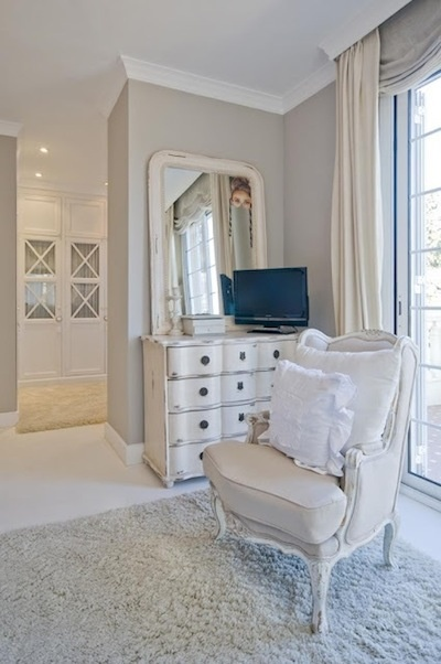 Кресло в интерьере #дизайнинтерьера #excll #решения