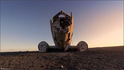 Iceland, landscape, photography, nature, travel, Images Beyond Words, Serge Daniel Knapp, crashed airplane, wide angle, sunset, front, old, crash, sand, desert, art