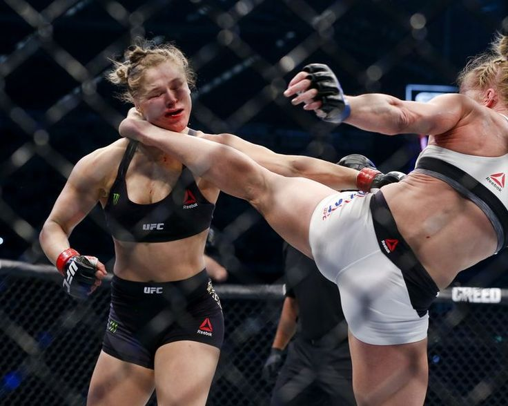 Ronda Rousey gets knocked unconscious by Holly Holm at UFC 193.