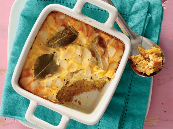 Golden tuna bobotie. Use canned tuna to make this easy dish.