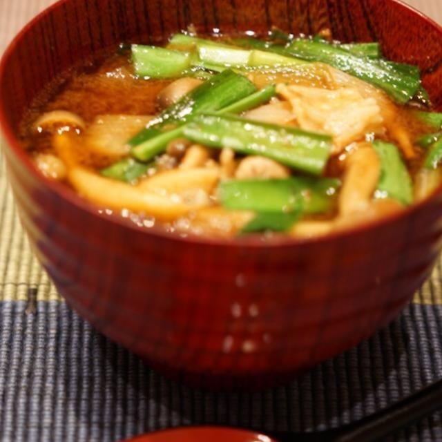 ダシダ、コチジャン、豆板醤、豆豉と色々入れたら美味かった〜 - 33件のもぐもぐ - 韓国風味噌汁 by te2ya2ya