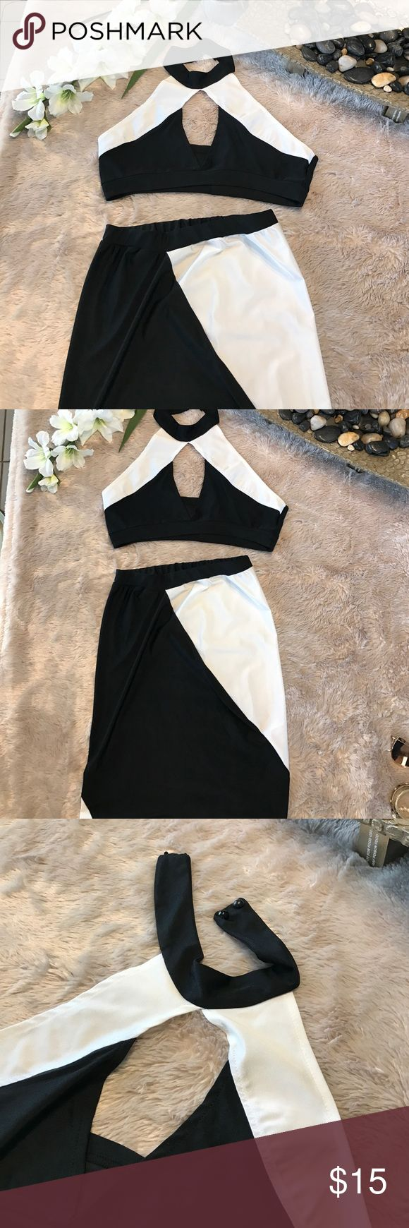 Black & White two piece bodycon dress Super cute two piece unit that can be worn together or separately. Never worn Dresses Midi