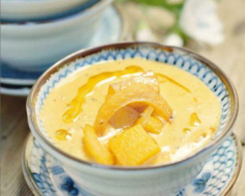 Potatissoppa med saffran och fänkål