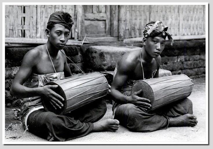 Balinese Drummers, 1920s
