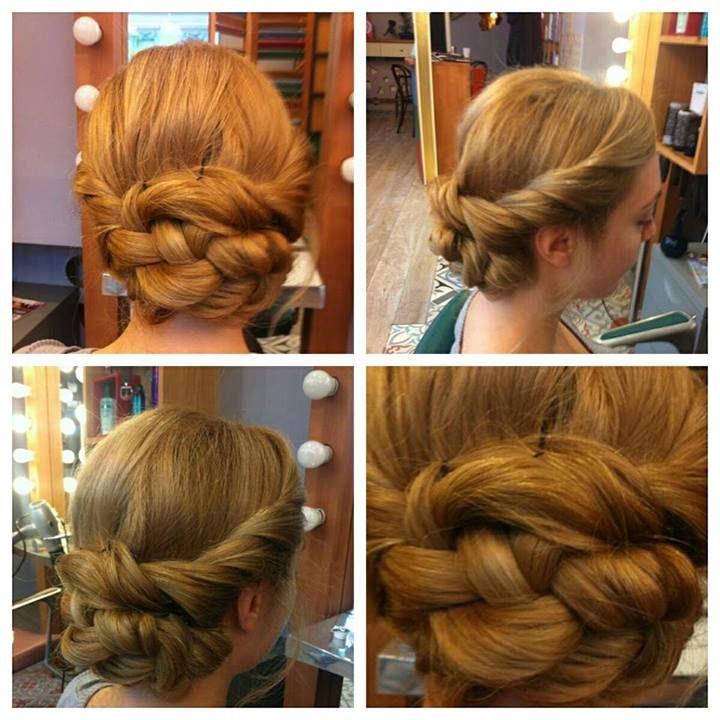 TWIST. Un coc lejer extrem de feminin #beautysalon, #beautydistrict, #haircut, #hairstyle, #hair, #haircolor, #longhair, #longhairstyle, #fashion, #twist