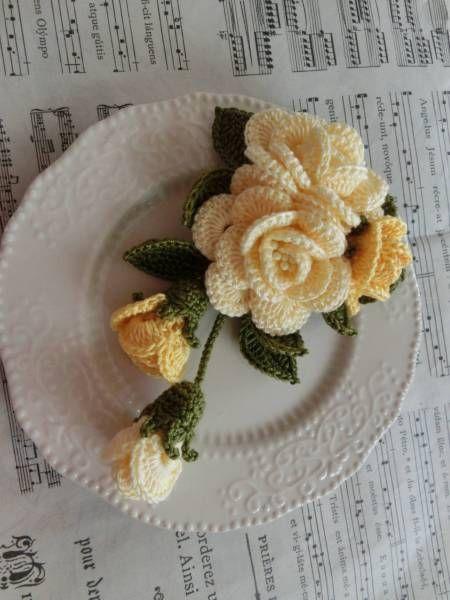 ◎黄色系 揺れる薔薇のブーケ Wクリップ ハンドメイド393_画像1