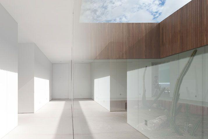 Fasano Isay Weinfeld Uruguay architects photo Fernando Guerra