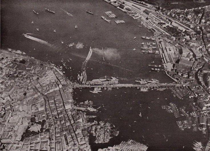 #istanbul 'un havadan çekilen en eski fotoğraflarından biri (1909. Ahşap Galata Köprüsü)