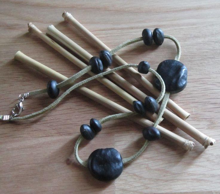 Bracelet ethnique avec graines et cuir : Bracelet par natu-recup