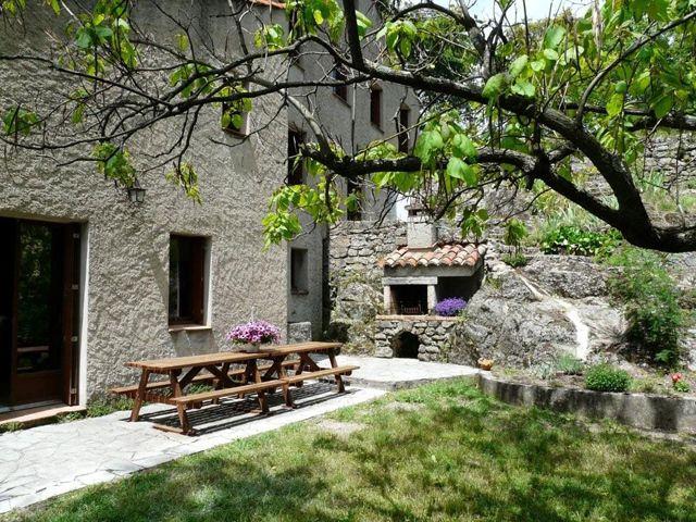 Gîte à Mandagout dans le Gard, location Gîte n°30G15080 à Mandagout 13 personnes dans le Gard en Languedoc-Roussillon - Har pool - langt væk + dyrt 17 t 13 min 1.818 km15 t 48 min uden trafik · ca 15600 dkr