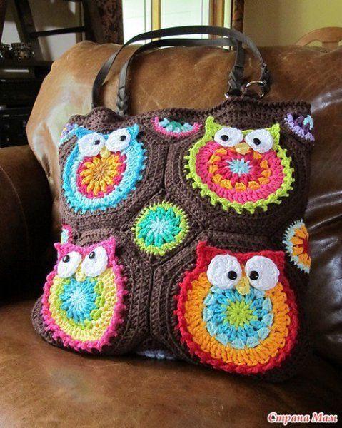 Owl bag, step by step photo instructions found on : http://www.facebook.com/media/set/?set=a.380168005392442.88251.119476921461553=3