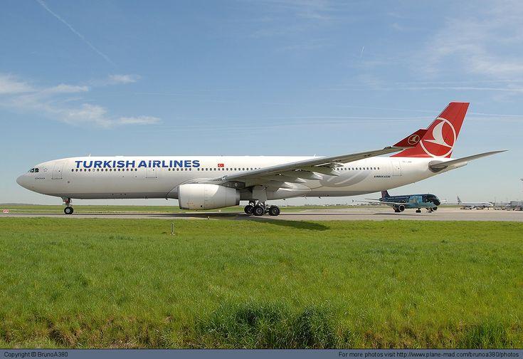 Turkish Airlines Airbus A330-300 TC-JNP at Paris Charles de Gaulle