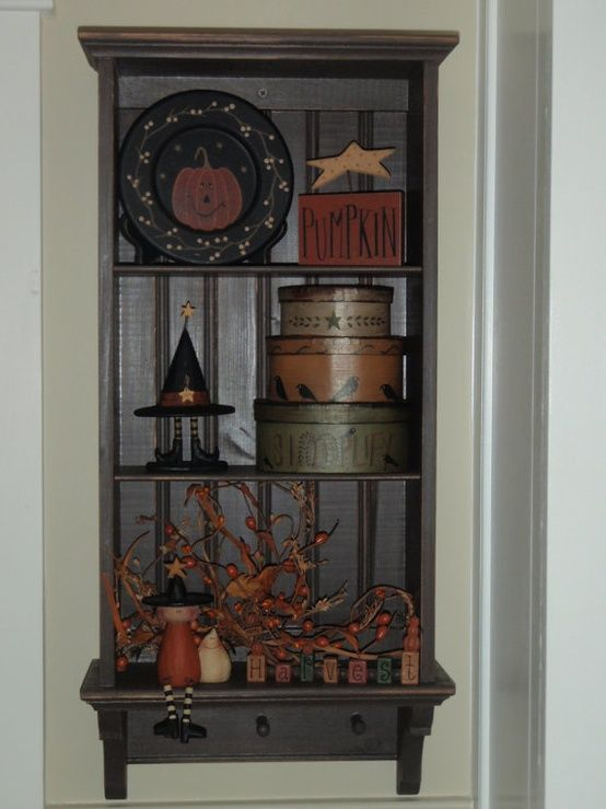 prim shelf with primitive decor. very cute for Halloween/Fall decor