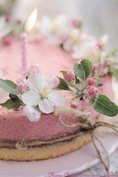Spring tea cake