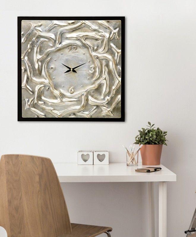 P2746 - Acque Agitate     di PINTDECOR cm 58x58   Elemento in ceramica composita, decorato a mano con foglia argento, fondo nero, finitura lucida.  #orologio #quadro #p2746 #acque #agitate #pintdecor #pannello #foglia #argento