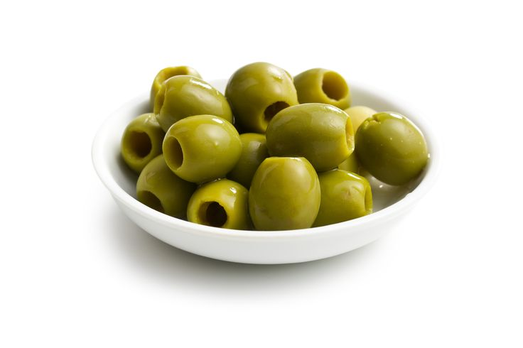 Bodychef - 100 of best 100 calorie snacks - bowl of green olives - image