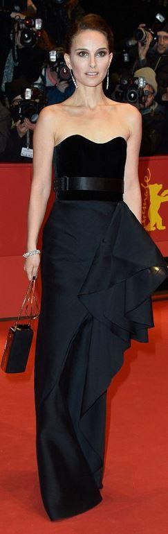 Natalie Portman #minimalism #minimalist #minimalistgigi   Minimalist GiGi