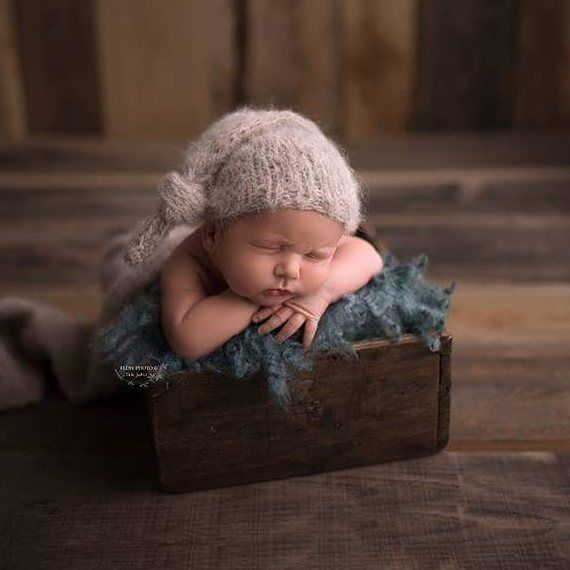 @flowphoto_bytothjudit #rts #photoprops #handmade #handcraft #newbornphotpgraphy #newborn #photography #newbornphotoprop #newbornphotoprops #newbornprops #etsyshop #etsy #propshop #prop #woolanddreams #wool #mik #rts #woolblanket #Blankets #blanket #handfelted #green #feltedfur #feltednewbornprops #curly #curlylayers