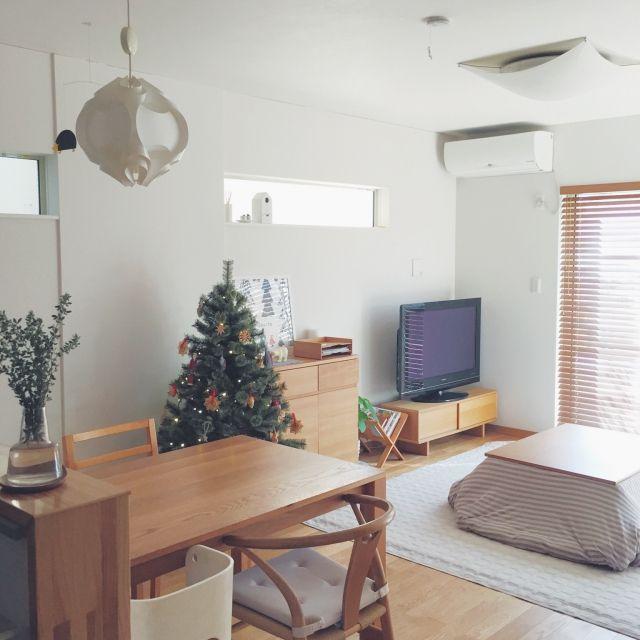 Emiさんの、部屋全体,無印良品,ダイニング,インテリア,モビール,北欧,こたつ,クリスマスツリー,ホルムガード,のお部屋写真