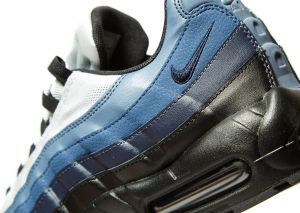 online retailer 62d6b 7613c Nike Air Max 95 Essential in Blue   Black  Exclusive to JD Sports