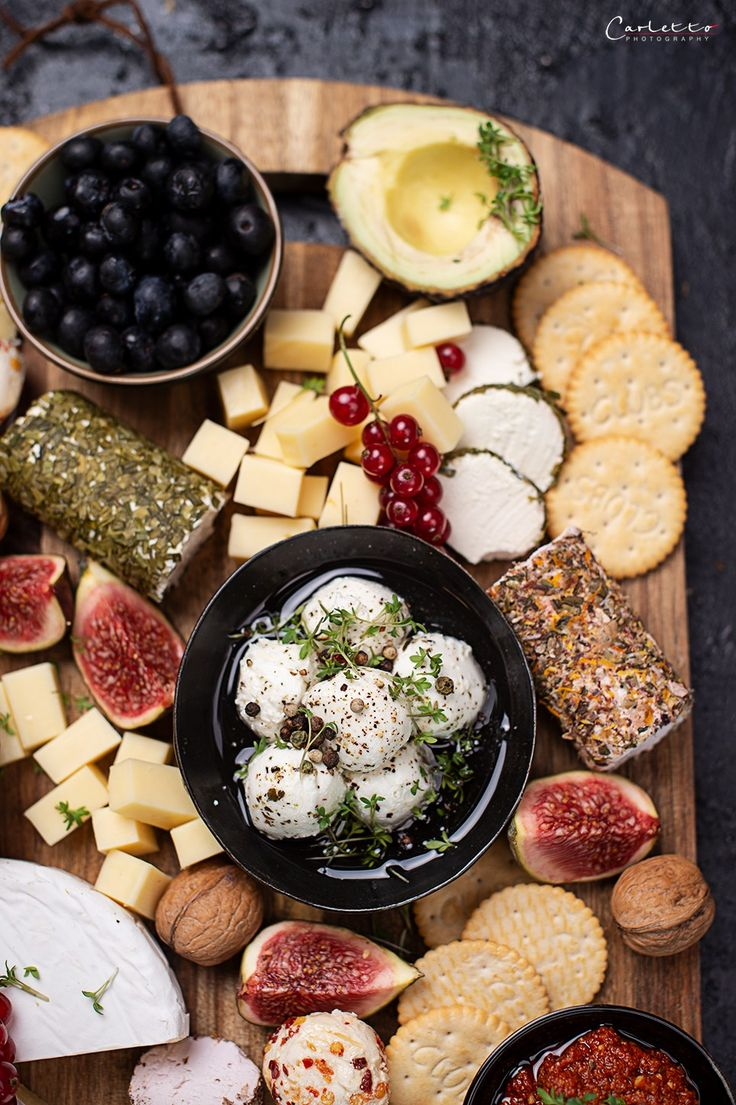 REZEPT: Käseplatte deluxe! Vegetarische Käseplatte mit Ziegenkäse