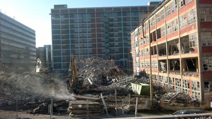 24 - 25 budova Bata demolice