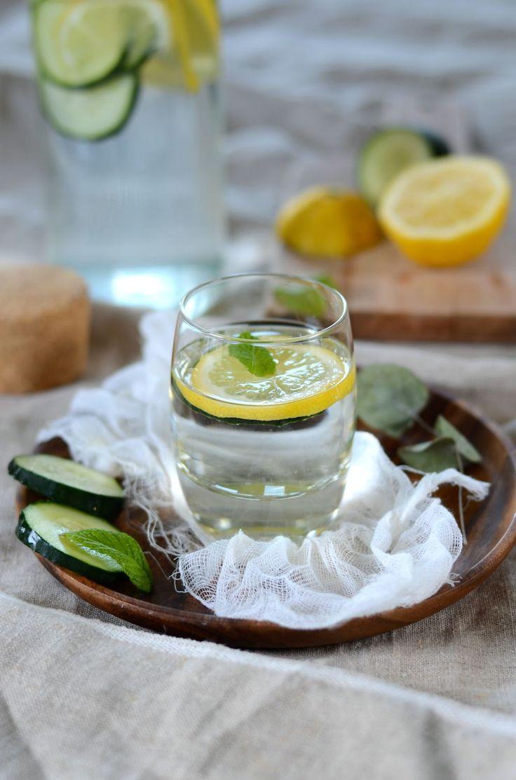 eau de concombre citron et menthe detox recette recettes de boissons fraiches pinterest. Black Bedroom Furniture Sets. Home Design Ideas