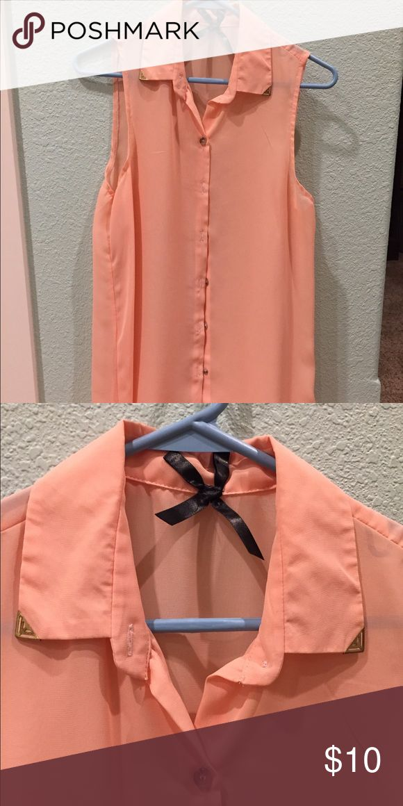 Button up coral blouse Super cute coral blouse. Sleeveless and never been worn! Great for springtime outfits! Rue 21 Tops Blouses