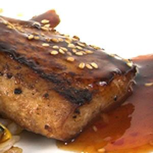Mahi mahi with spicy peanut sauce recipe for Atkins cuisine baking mix