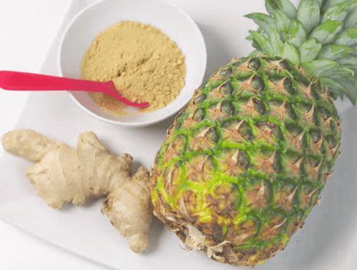 ananas e zenzero frullato d'ananas e zenzero