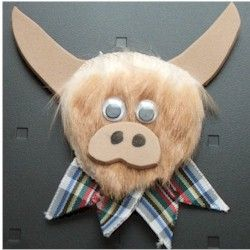 Highland Cow Craft - could be a brooch, magnet or mirror http://www.freekidscrafts.com/highland_cow-e1544.html