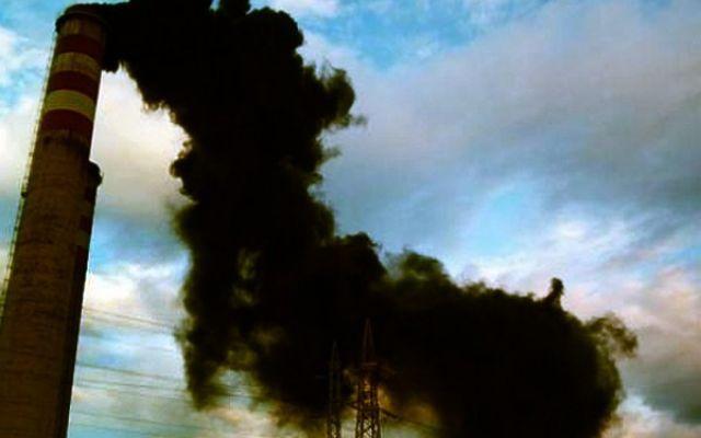 Come agisce la UE per salvaguardare l'ambiente dall'inquinamento? L'europa pensa costantemente a come distribuire le fonti energetiche, tra l'altro provenienti dallo stesso fornitore (Gazprom), mentre non viene neanche considerata l'idea di utilizzo di fonti rinnov