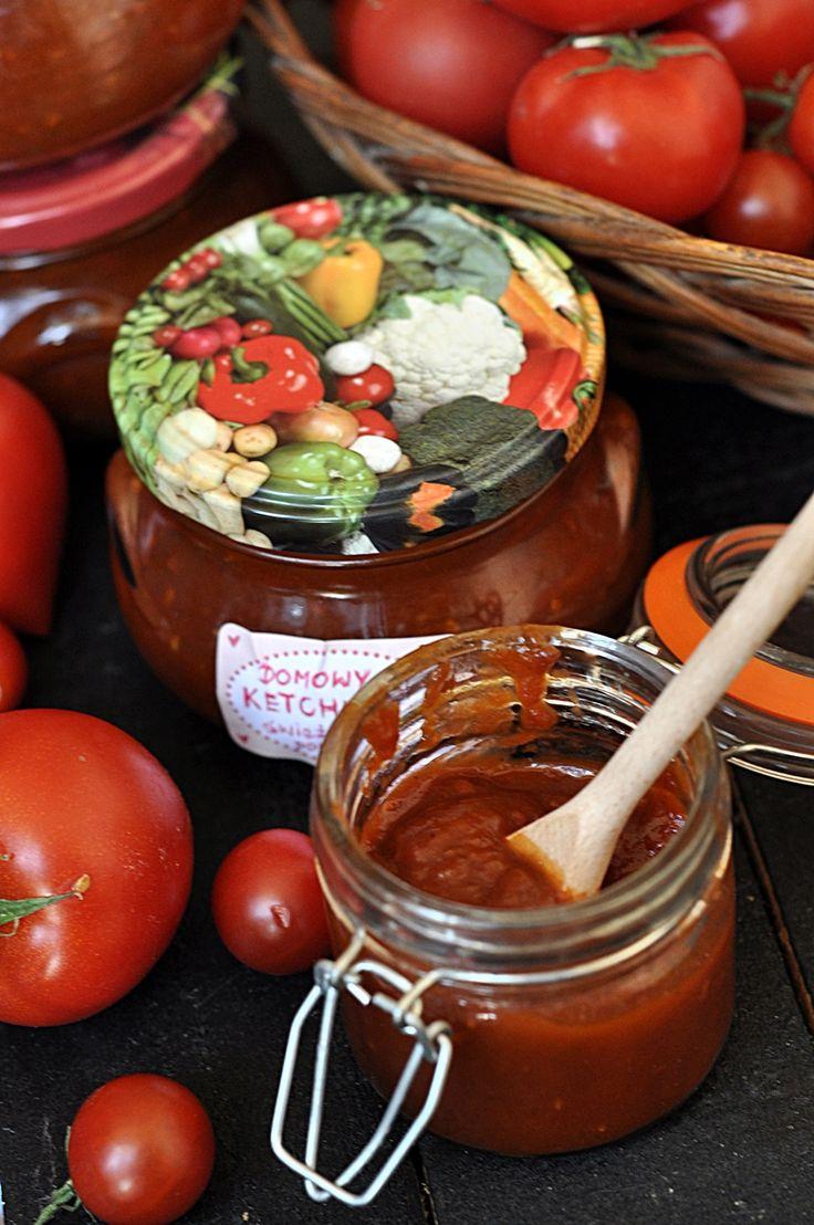 Domowy ketchup ze świeżych pomidorów