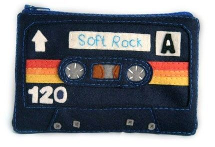 INSPIRATION: Cassette Tape Coin Purse