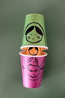 Matrioska no copo de Papel * Russian Dolls in paper cups