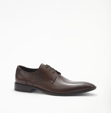 Mister Man Oxford. Kenneth Cole New York.   Saving up money to purchase these...