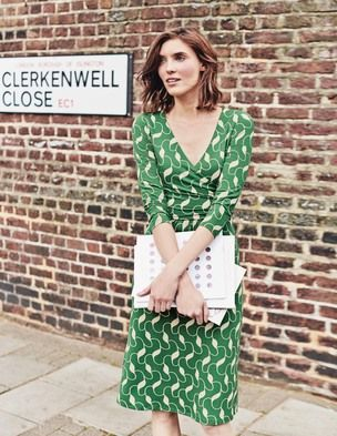 Love this dress, the wrap style of very flattering, and the green is springy and exciting! Stitch fix