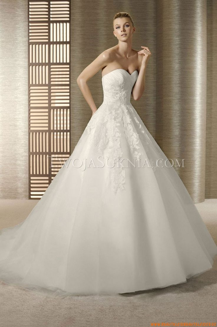 Cinderella wedding dress disney store   best Fashion images on Pinterest  Beauty tips Gown wedding and