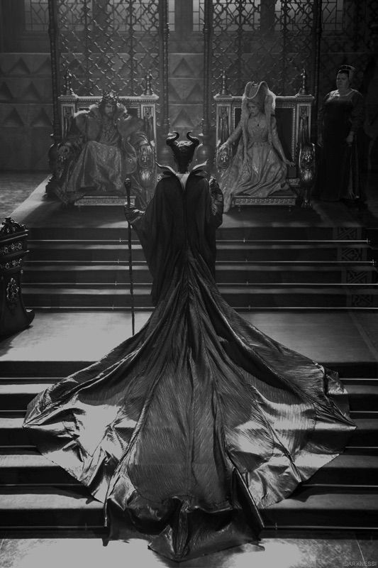 Black And White Maleficent Iphone Phone Wallpaper