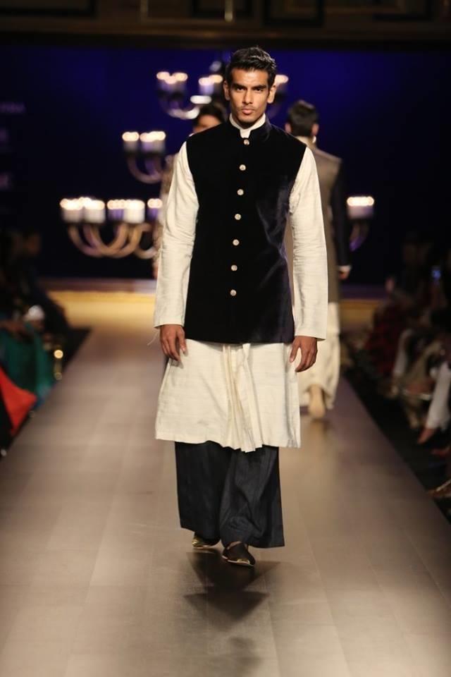 Manish Malhotra 9