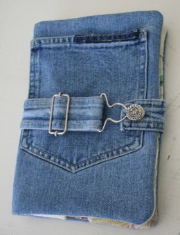 Kindle case from overalls. #repurposed