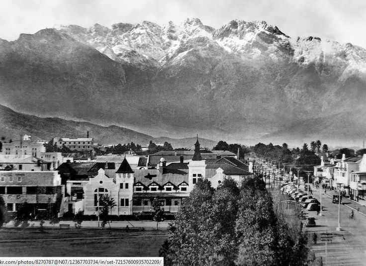 Worcester as taken from Drosdy looking up towards the mountains circa 1948 via Etienne Duplessis