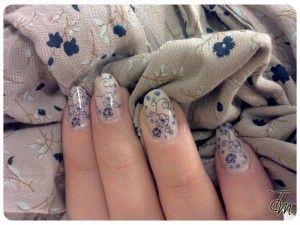 Tutorial Nail Art - Una rosa blu.. - Tentazione Unghie