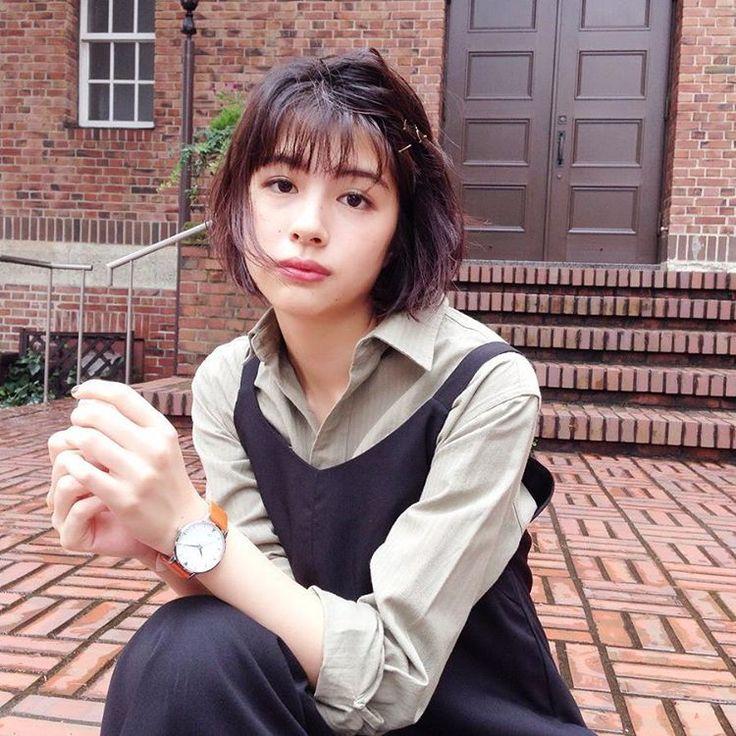 黒髪ボブが素敵♡佐久間由衣さんの髪型を真似する方法と行きつけの美容院SHIMA原宿について | macaron [マカロン]