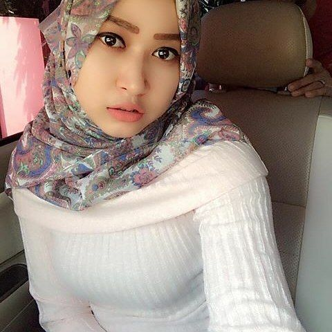 Repost from @mutiaindahartika. #hijabstyleindonesia #wanitaberhijab #hijabcommunity #jilbabers #instahijab #jilbabmontok #hijab  #jilbabcantik #indohijabers #jilbabseksi #jilbabmontok #jilbabindo #hijabseksi #hijabers #hijabindo #hijabootindo #jilbabindonesia #jilbabstyle #hijabersindonesia #hijaberscommunity #hijabhits #hijabhitz #hijabtrend #hijabsyari