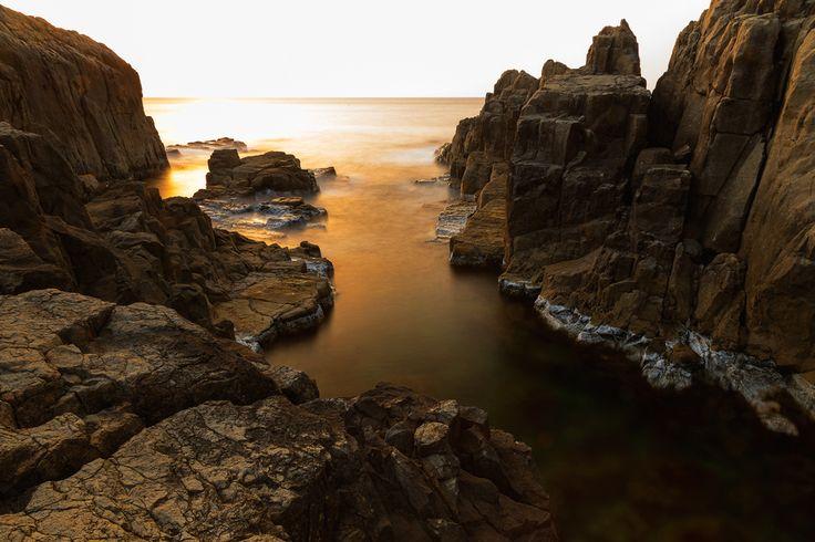 Tōjinbō (東尋坊?) is a series of basaltic cliffs on the Sea of Japan in Japan. It is located in the Antō part of Mikuni-chō in Sakai, Fukui Prefecture.