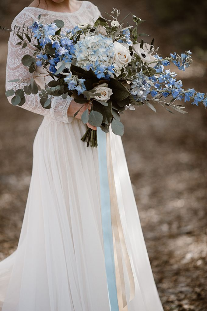 Romantic Icy Winter Wedding Inspiration Wedding Bouquets Flower