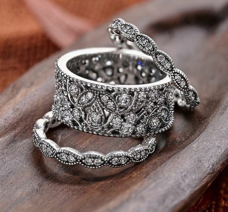 PANDORA Rings- want these so so badly!!! Obsessed