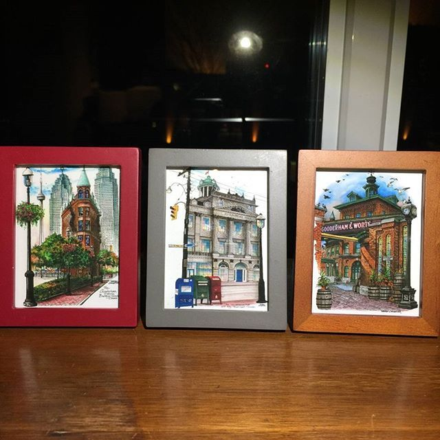 Come see these #cute mini-frames for yourself at #OOAKS_toronto #shopifypicks